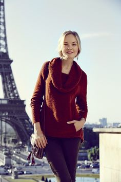 Gorgeous sweater- I think this would be a match for True or Dark Autumn