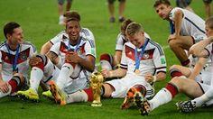 Bastian Schweinsteiger Photos - Germany v Argentina: 2014 FIFA World Cup Brazil Final - Zimbio Germany National Football Team, World Cup 2014, Fifa World Cup, Philipp Lahm, World Cup Trophy, German National Team, Dfb Team, Bastian Schweinsteiger, World Cup Champions