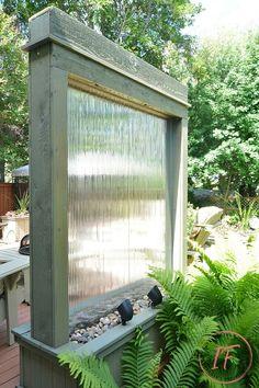 DIY Outdoor Water Wall DIY Water Wall backlit with Solar Spotlights Diy Patio, Backyard Patio, Backyard Landscaping, Backyard Waterfalls, Backyard Ponds, Patio Ideas, Garden Ideas, Patio Wall, Pond Ideas