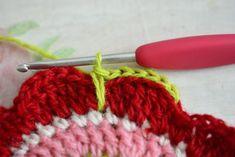 봄맞이 티코스터 도안 : 네이버 블로그 Crochet Flowers, Knitted Hats, Knitting, Flower Crochet, Tricot, Crocheted Flowers, Breien, Crochet Flower, Stricken