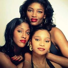 <b>Bookended by En Vogue and Destiny I see at least one man . I Love Music, Music Is Life, Good Music, R&b Artists, Music Artists, Dreads, 90s Girl, Old School Music, Black Celebrities