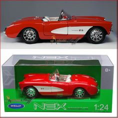 Welly-1957-Chevrolet-Corvette-Convertible-1-24-scale-diecast-collectible