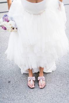 Cute wedding sandals @weddingchicks