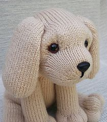 Puppy Love Knitting pattern by Rainebo - Stofftiere - Knitting Ideas Vogue Knitting, Loom Knitting, Knitting Socks, Baby Knitting, Teddy Bear Knitting Pattern, Knitting Needles, Knitted Stuffed Animals, Knitted Animals, Love Knitting Patterns