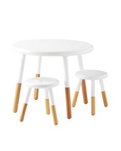 A table fit for the kiddos but stylish enough for grown-up spaces? Yes, please. The three-legged design is inspired by an old-fashioned milking stool. And because spills and splashes are to be expected, we went with a wipe-clean finish that's beyond durable.
