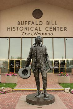 Majestic Places to See in Wyoming Perfect for Every Outdoor Enthusiast Buffalo Bill Historical Center - Cody, Wyoming Cody Wyoming, Wyoming State, Lander Wyoming, Buffalo Bills, Wyoming Vacation, Tennessee Vacation, Le Far West, Yellowstone National Park, National Parks