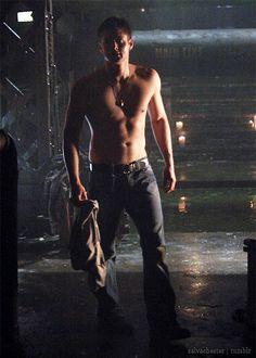 Jensen Ackles & Dean Winchester : Photo
