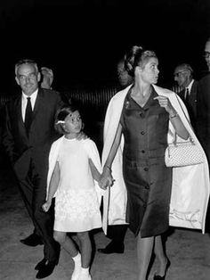 Princess Grace and Prince Rainier of Monaco with their daughter, Princess Caroline, in (I love Grace's handbag! Andrea Casiraghi, Charlotte Casiraghi, Princess Grace Kelly, Princess Caroline Of Monaco, Baby Princess, Monaco As, Monaco Royal Family, Grace Kelly Husband, Adele