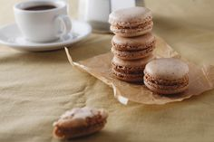 Almond #macarons with caramelized white #chocolate ganache.