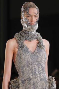 Alexander McQueen - Spring 2012 Ready-to-Wear - Look 70 of 80