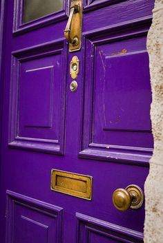 Lots of purple doors out there