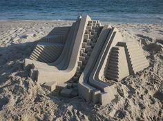 Sculptor Calvin Seibert has a knack for crafting the most awe-inspiring sand castles. #sculpture #sand #beach