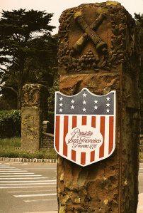 presidio-sf-gatepost