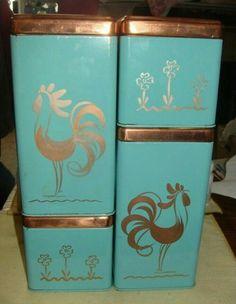 Vintage Kitchen Canisters Canister Sets Products 44 Ideas For 2019 Vintage Canister Sets, Vintage Kitchenware, Vintage Tins, Vintage Dishes, Vintage Love, Vintage Decor, Vintage Pyrex, Vintage Style, Antique Glassware