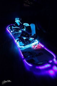 I don't know how you would do this but a light up snowboard would be DEADLY for night rides!!! Wanna see more snowboards stuff? Just tap visit buttons! #snowboard #mountains Wanna see more snowboards stuff? Just tap visit buttons! #snowboard #mountains