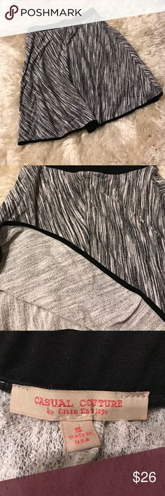 Casual Culture by Green Envelope B&W skirt NWOT. Size small. Black and white. 54% rayon, 27% cotton and 19% polyester. Feel free to ask me any questions😊 Casual Culture by Green Envelope Skirts Mini