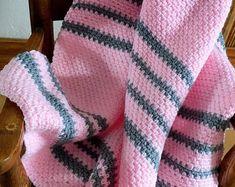Crochet Hat Pattern Womens Hat Mens Hat How To Crochet | Etsy Crochet Blanket Patterns, Crochet Stitches, Crochet Hats, Slouchy Beanie Pattern, Crochet Ripple Blanket, Lion Brand Wool Ease, Crochet Hook Sizes, Pretty Patterns, Beautiful Crochet