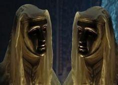 Edward Norton, invisibile sotto la maschera del re Baldovino IV di Gerusalemme.