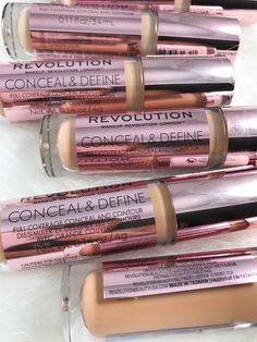 Makeup Revolution Concealer Target Makeup Brushes Holder Ideas quite Makeup Br Makeup Guide, Makeup Geek, Makeup Kit, Makeup Brushes, Candy Makeup, Star Makeup, Elf Makeup, Makeup Ideas, Bath Body Works
