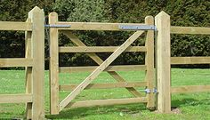 Garden and other gates - Country care fencing services suffolk & east anglia