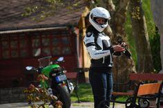 Shox First motoros női bőrzseki fekete fehér ezüst motorosbarát áron 3178947da2