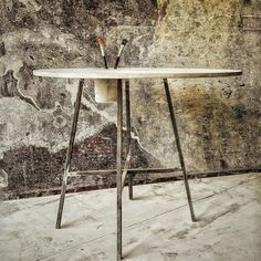 "Concrete table ""DRAW"" by CONCRETTO"