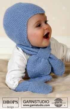 düz mavi renkli el örgüsü el örgüsü çocuk atkı bere modeli