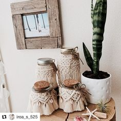 #Repost @iroa_s_525 (@get_repost) ・・・ #macrame #makrome #macramebackdrop #macramewallhanging #macramewalldecor #bohemian #bohohome… Macrame Wall Hanging Diy, Macrame Art, Macrame Projects, Diy Home Crafts, Arts And Crafts, String Crafts, Boho Diy, Macrame Patterns, Textiles