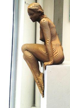 Olivier Duhamel-Rommy (2014): wood scupture