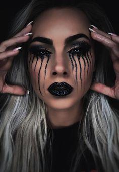 Creepy Makeup, Sfx Makeup, Costume Makeup, Halloween Make Up, Halloween Party, Halloween Face Makeup, Halloween Ideas, Family Costumes, War Paint