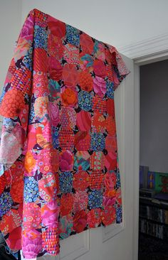 """From Kaffe Fassett's Book """"Simple Shapes Spectacular Quilts"""" Batik Quilts, Scrappy Quilts, Snowball Quilts, Hand Quilting, Modern Quilting, English Paper Piecing, Patch Quilt, Quilt Top, Quilting Projects"""