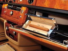 Rolls Royce glove box cigar humidor