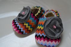 Chevron baby girl shoes  fofobaby on Etsy