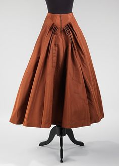 Evening skirt  Designer:Charles James (American, born Great Britain, 1906–1978) Date:1947–48 Culture:American Medium:silk