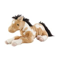Cuddle up with this large stuffed horse. The pinto coat pattern is realistic and attractive, while the plush fur and soft mane and tail give it a luxurious feel. 'Butterscotch' is a pinto buckskin Lyi