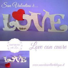 Puzzle 3D in legno massello: scritta love con cuore