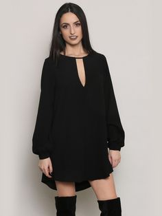 "<p>32"" Front Length </p><br /> <p>35"" Back Length </p><br /> <p>34"" Bust </p><br /> <p>25"" Sleeve </p><br /> <p>100% Polyester</p><br /> <p>Lined</p><br /> <p>Measurements taken from a size Small </p>"