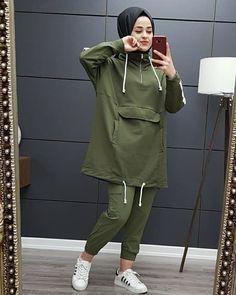 Stylish Hijab, Modest Fashion Hijab, Modern Hijab Fashion, Muslim Women Fashion, Stylish Dresses, Stylish Dress Designs, Hijab Outfit, Winter Fashion Outfits, Mode Inspiration