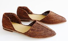 BROWN RAFFIA D'ORSAY SHOE by proud mary for Of a Kind. Need Supply has a cream/teal one but I love these too.