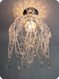 Many people only think of huge, dramatic chandelier light fixtures as only hanging in the lobby of hotels and banks or in formal dining rooms of giant mansions. Description from columbus-779-4.newsod.biz. I searched for this on bing.com/images