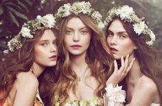 bohemian-bride-wedding-hair-makeup-inspiration-floral-crowns-romantic__full-carousel.jpg 713×466 pixels