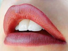 1 layer Plum #LipSense, 1 Layer Plumeria LipSense, 1 Layer Sheer Berry LipSense, Topped with Matte LipSense Gloss