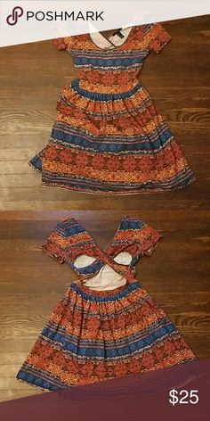 Tribal Print Dress Super cute dress with back cutout detail. Excellent condition. Forever 21 Dresses