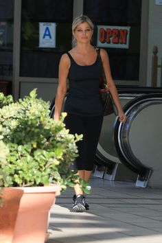 #DonnaDErrico, #Gym, #LosAngeles Donna D'Errico - Leaving a Gym in Los Angeles 06/14/2017 | Celebrity Uncensored! Read more: http://celxxx.com/2017/06/donna-derrico-leaving-a-gym-in-los-angeles-06142017/