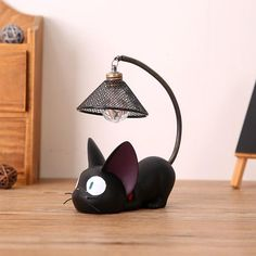 Black Cat Night Light Battery powered kitty nightlight activates with simple push down top of the lamp Flexible tail allow to position the lamp however you like Rustic Home Decor Cheap, Upcycled Home Decor, Vintage Home Decor, Vintage Lamps, Cat Lover Gifts, Cat Gifts, Cat Lovers, Home Decor Signs, Diy Home Decor