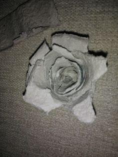 Aikun Ihana: Aikun Ihanat sytykeruusut Repurposed, Recycling, Lion Sculpture, Card Making, Deco, Sewing, Knitting, Crocheting, Mixed Media
