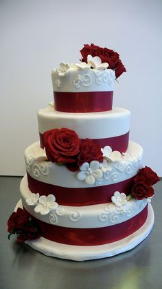 Red Roses Wedding Cake by CAKE Amsterdam - Cakes by ZOBOT, via Flickr