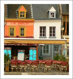 Riverside cafe in Amiens, France