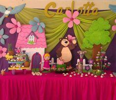 Decoración de fiesta de Masha y el oso Bear Birthday, 1st Birthday Girls, Alice, Marsha And The Bear, Party Frame, Candy Bar Party, Bear Party, Birthday Decorations, Holidays And Events