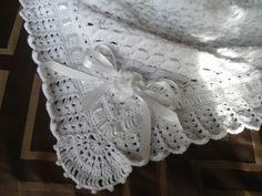 Mantilla de abanicos a crochet